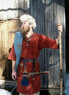 bronze age grave finland - Google Search Viking Garb, Viking Costume, Skins Characters, Germanic Tribes, Old Norse, Baby Witch, Norse Vikings, Iron Age, Costume Design