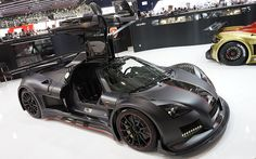 Mean black version of the Apollo from German-based Gumpert certainly looks fast enough to stay among those cars fighting for the title of planet's fastest