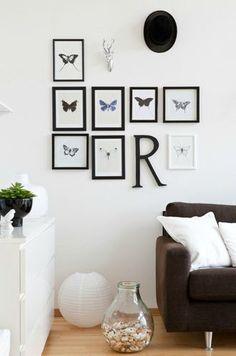 Black frames, white room!