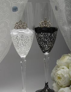 Personalized Toasting Flutes Black White Wedding Ideas Glasses Royal Bride Champagne