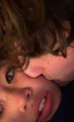 Relationship Goals Pictures, Cute Relationships, Couple Fotos, Photographie Portrait Inspiration, Images Esthétiques, The Love Club, Teen Romance, Photo Couple, Couple Aesthetic