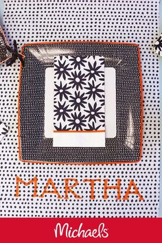 Make this Martha Stewart placemat runners project it is a great DIY party decor craft to personalize for each guest. Martha Stewart Crafts, Diy Party Decorations, Placemat, Decor Crafts, Runners, Fall Decor, Crafty, Projects, Ideas