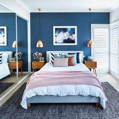 The bedroom is your personal space, so it can be overwhelming when searching for. The bedroom is your personal space, so it can be overwhelming when searching for bedroom ideas or bedroom images. Let these expert tips help. Small Room Bedroom, Bedroom Colors, Home Decor Bedroom, Bedroom Ideas, Master Bedroom, White Bedroom, Bed Room, Blue And Pink Bedroom, Small Apartment Bedrooms