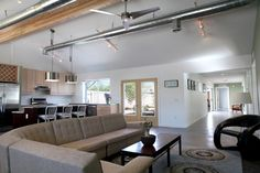 The Castaway House - Phoenix, Arizona - First project to ever complete the Phoenix Green Construction Code.