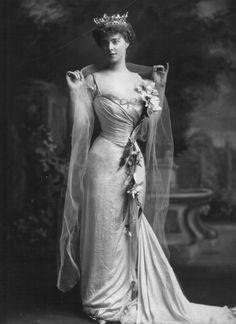 Princess Henry of Pless, 1901