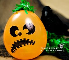 This is one absolutely JACK-O-TASTIC tutorial! This DIY Balloon Pumpkin Patch is easy and fast using balloons, green fringe and candy to fill them with! Halloween Balloons, Halloween Party Favors, Halloween Goodies, Halloween Treats, Halloween Diy, Happy Halloween, Holiday Crafts, Holiday Fun, Holiday Ideas