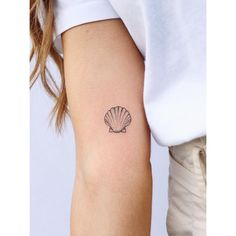 These tiny mini tattoos go anywhere, anytime! - Tattoo trends we want these tiny mini tattoos! Informations About Diese winzigen Mini-Tattoos - Mini Tattoos, Tattoos Skull, Back Tattoos, Little Tattoos, Leg Tattoos, Small Tattoos, Sleeve Tattoos, Tatoos, Tropisches Tattoo