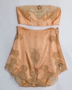 Boue Soeurs satin bra (missing its straps) and tap pants, 1920s, from the Vintage Textile archives.