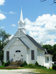 Look at this great little Methodist church in College Grove!....this little Methodist Church looks just like my Grandmother's Church in Louisiana.