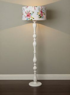 Brighton standard lamp - want this in my little reading nook Diy Floor Lamp, Floor Lamp Shades, Floor Lamp Makeover, Upcycled Furniture, Painted Furniture, Farmhouse Floor Lamps, Diy Home Decor, Room Decor, Standard Lamps