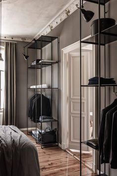 Berlin apartment from the 19th century - via Coco Lapine Design