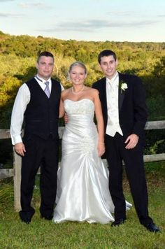 Amber in her Anjolique wedding dress. style 930