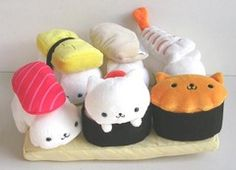 Nyan Nyan Nyanko by San-x as sushi! I want the tomago kitty!