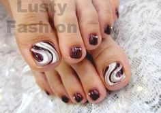 toe nail art design 5