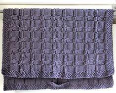 Very interesting for blanket Knit Purl Stitches, Dishcloth Knitting Patterns, Knit Dishcloth, Baby Hats Knitting, Knitted Baby Blankets, Loom Knitting, Diy Hooks, How To Purl Knit, Knitting For Beginners