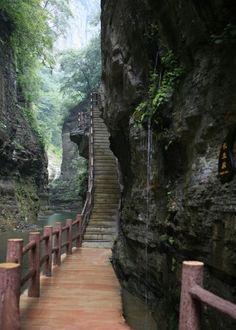 bluepueblo: Canyon Path, Japan photo via dums