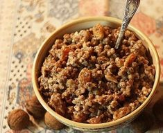 Wheat with honey, raisins and walnuts The Turk, Romanian Food, Cereal, Oatmeal, Honey, Breakfast, Traditional, Drinks, Kitchens
