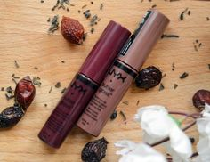 Nyx Butter Gloss BLG22 Devil96;s food cake  и BLG17 Ginger Snap