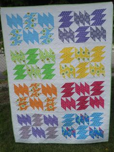 Zap quilt featuring Good Morning by Me & My Sisters via Choo-Choo Skadoo Quilts.
