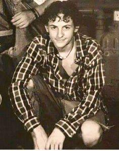 Young Chester Bennington ❤️