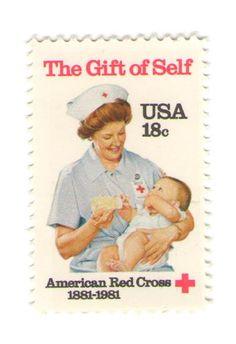 10 Unused 1981 Nurse Feeding Baby  Vintage by MyVintagePostOffice