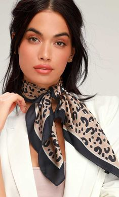 Add some fierce flair to your 'fit with the Lulus Get Wild Navy Blue Leopard Print Satin Scarf! Silky woven fabric, with a trendy leopard print in shades of beige, white, and navy blue, and a whit Ways To Wear A Scarf, How To Wear Scarves, Silk Neck Scarf, Scarf Knots, Leopard Print Scarf, Leopard Scarf Outfits, Cheetah Print, Outfits Mujer, Scarf Hairstyles