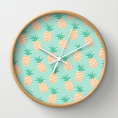 Pineapple Wall Clock - diy hack: vintage wallpaper as display back for clock