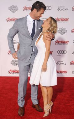 Chris Hemsworth & Elsa Pataky are TOO cute! Goals.