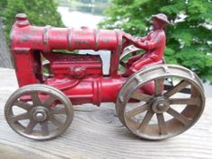 KENTON CAST IRON TRACTOR WITH NICKEL PLATED WHEELS c1920's EXCELLENT CONDITION