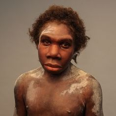 Bringing Neanderthals to Life: Sculptures of Elisabeth Daynès Hominid Species, Forensic Facial Reconstruction, Prehistoric Man, Early Humans, Human Evolution, Charles Darwin, Interesting Faces, Anthropology, Art History