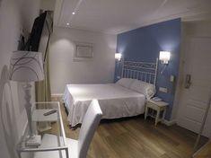 Hotel La Racona Alicante, Bed, Furniture, Home Decor, Hotels, Home, Stream Bed, Interior Design, Home Interior Design