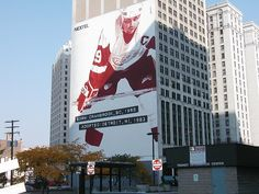 Stevie Yzerman mural on building in downtown Detroit, MI Detroit Sports, Detroit Area, Detroit Tigers, Grass Lake, Steve Yzerman, Coney Dog, The Mitten State, Red Wings Hockey, State Of Michigan