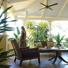 Love the wide verandas & relaxed lines of teak & rattan furniture in British Colonial style.