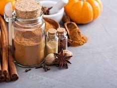 How To Make A Delicious, Healthy Pumpkin Muffin - Oola.com Homemade Pumpkin Spice Latte, Best Pumpkin Pie, Healthy Pumpkin Pies, Pumpkin Pie Spice, A Pumpkin, Pumpkin Recipes, Spice Muffin Recipe, Pie Spice Recipe, Spice Cake