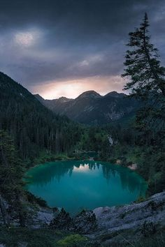 ponderation:  Hidden Crater Lake by StefanHefele