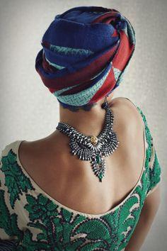 Selita Ebanks wearing Izzie Necklace