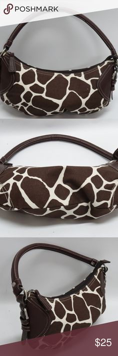 """Thirty-One Giraffe Print Hobo ~ Retired THIRTY-ONE 31 GIRAFFE PRINT CANVAS HOBO PURSE BROWN LEATHER TRIM RETIRED  NEW WITHOUT TAGS - ALL 3 HAVE NEVER BEEN USED  MEASURES: 6""""Height x 12"""" Length x 1.5"""" Width w/strap drop of 6""""  *Genuine Thirty-One product *Great for anyone on the go *Interior is fairly roomy w/satin lining *Brown leather trim, handle *Silver side buckle detailing Thirty-One Bags Hobos"""