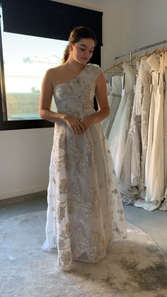 2020 Bridal - Rent your Bridal Gown Max Azria, Formal Dresses, Wedding Dresses, Bridal Gowns, One Shoulder Wedding Dress, Collection, Fashion, Formal Gowns, Alon Livne Wedding Dresses