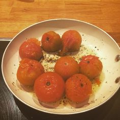 It's all about the homemade tomato sauce!