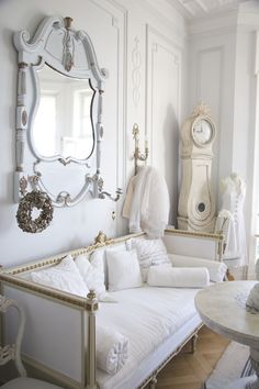 Marked by a soft palette, nods to neoclassicism, and respect for light, there's so much to love about Swedish Gustavian style.