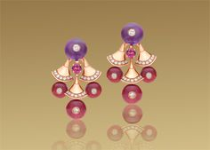 Bulgari Diva earrings in 18 kt pink gold with colored gemstones and pavé diamonds. OR856484
