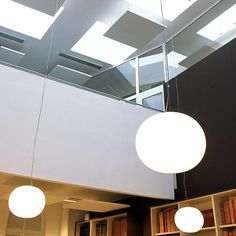 Glo-Ball S: Discover the Flos suspended lamp model Glo-Ball S