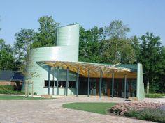 Chevetogne estate visitor centre in Chevetogne (Belgium) by Bernard Chambon  #VMZINC #Architecture #Project #Zinc #Bilacquered #Façade #Facade #Nature #VisitorCenter #Belgium