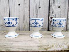 Indian Blue Onion Porcelain Egg Holder Cups - Set Of 3 - 1960s German Vintage by…