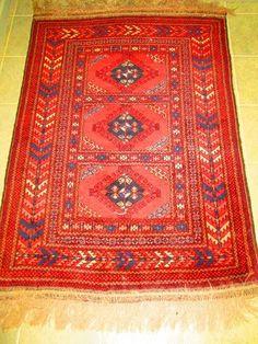 Found on EstateSales.NET: Persian Rug