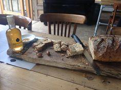 De Arganolie van SoussPure met een beetje honing en ambachtelijk brood: De…