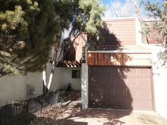 Townhouse in desirable Cheyenne Canyon area!