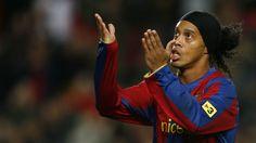 Again! Barcelona Sign Ronaldinho
