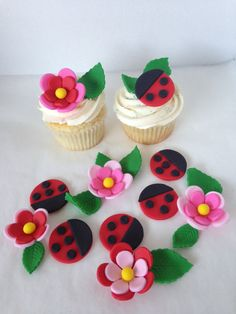 Ladybugs & Flowers Fondant Cupcake Toppers by Clementinescupcakes