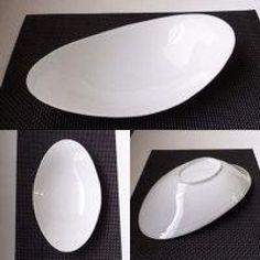 NEW 30cm オーバルカーブベーカー(アウトレット) 【白い食器 カレー皿 パスタ皿 おうちカフェ 業務用 食器】